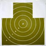 Terč 135/P1 - Nekrytě ležící figura s kruhy, rozměr 500x530 mm.